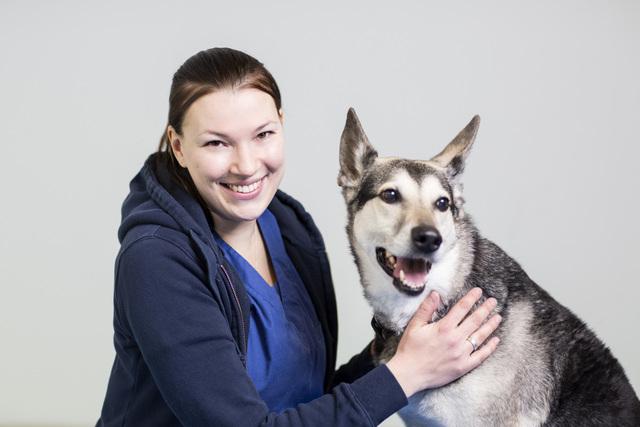 Eläinlääkäri Viivi Kangaskoski